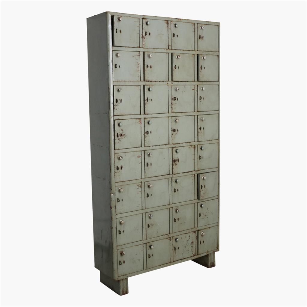 Green/grey iron 32 locker