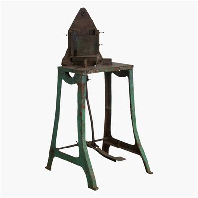 Green cast iron machine