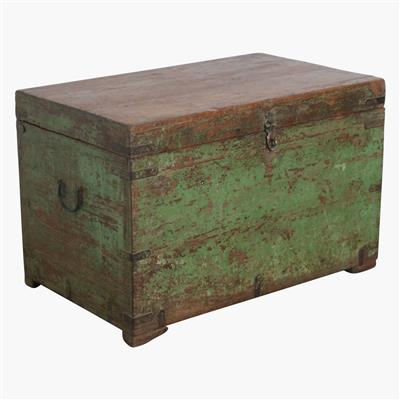 Green teak large chest