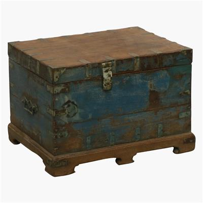 Blue teak chest bras corners