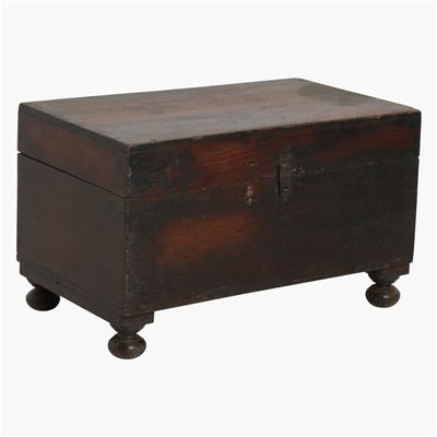 Dark teak chest with round legs