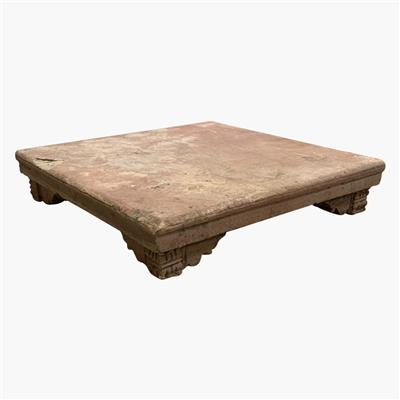 XXL red stone pata table